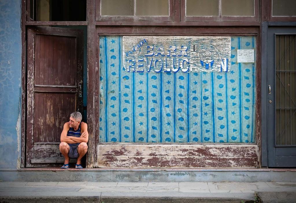 Barr Revolution, Havana, Cuba