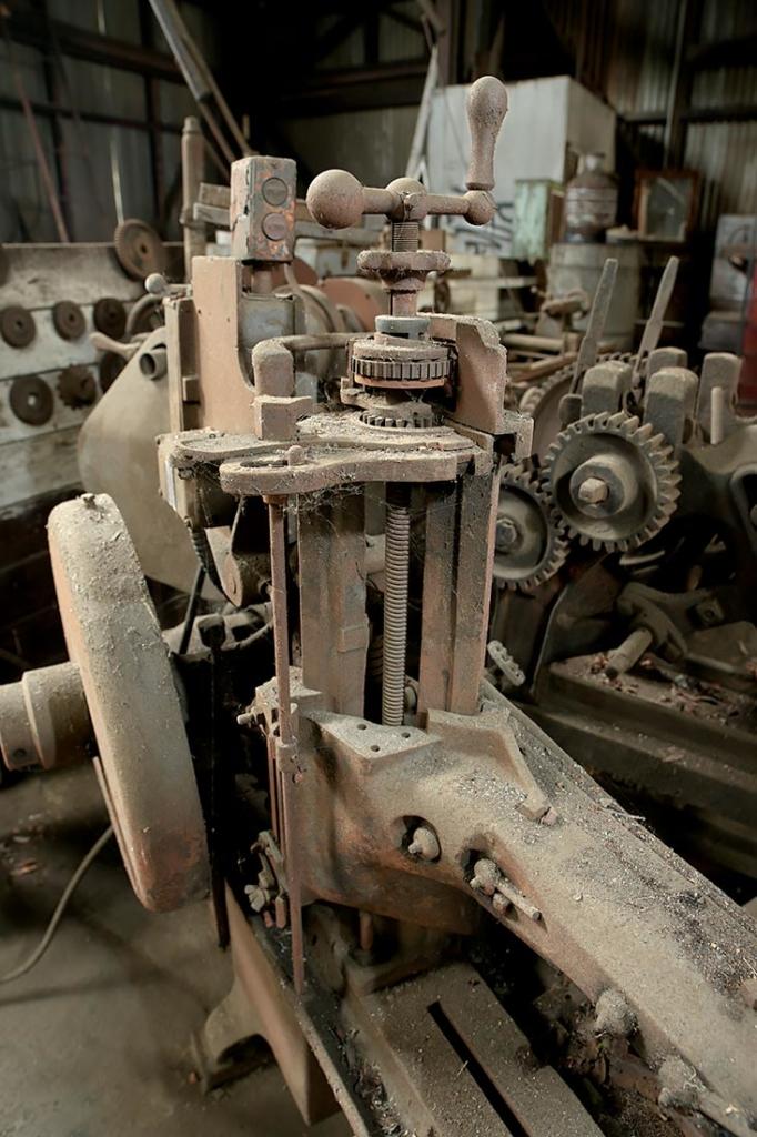 Machinery, Cravioto Metal Works, CA.
