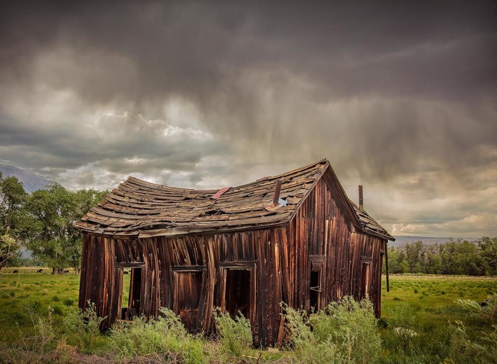 Pine Creek Cabin, Round Valley, CA